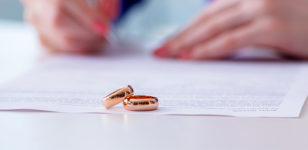 Prenuptial-Postnuptial-Agreements-family-lawyers-bournemouth-southampton-london